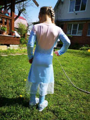 Превосходное платье Эльзы